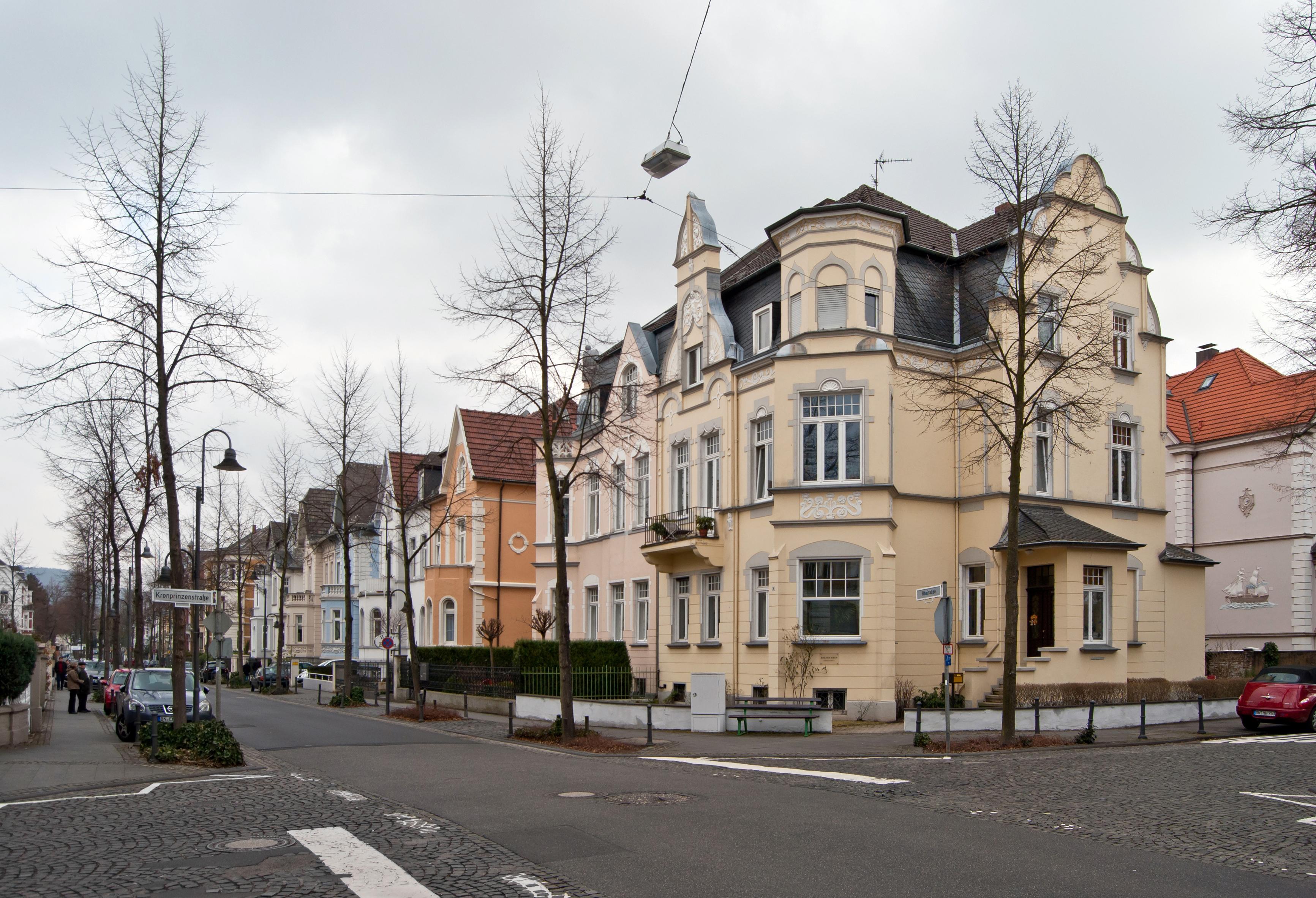 Bonn,_Bad_Godesberg,_Villenviertel,_2012-02_CN-04