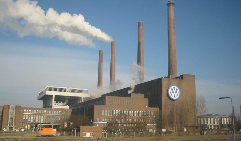 Wurde der VW-Betriebsratsvorsitzende Osterloh durch den Konzern bestochen?