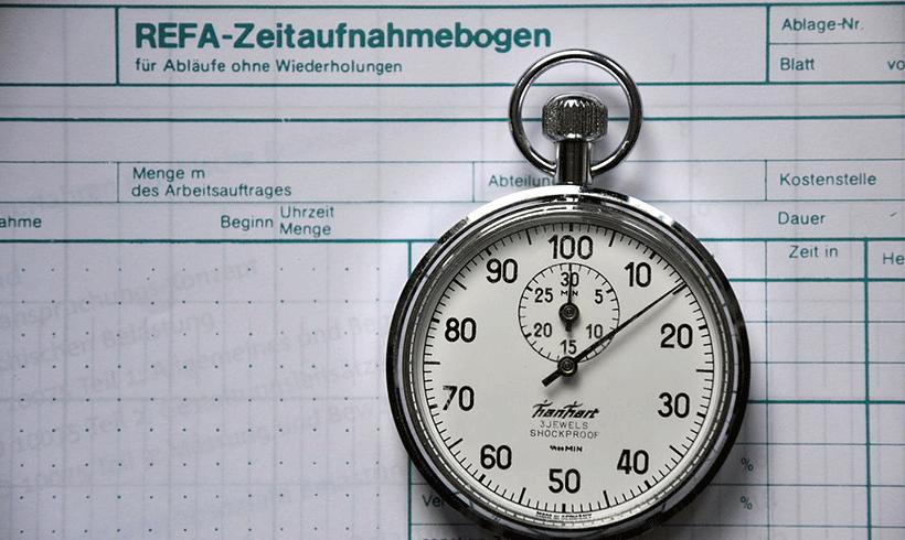 Kampf um die Zeit - IG Metall debattiert Tarifforderungen - von Thomas Stark