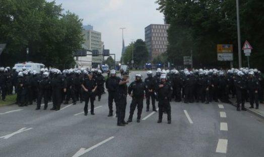 G20-Gipfel: Nicht 20.000 sondern 31.000 Polizisten waren eingesetzt