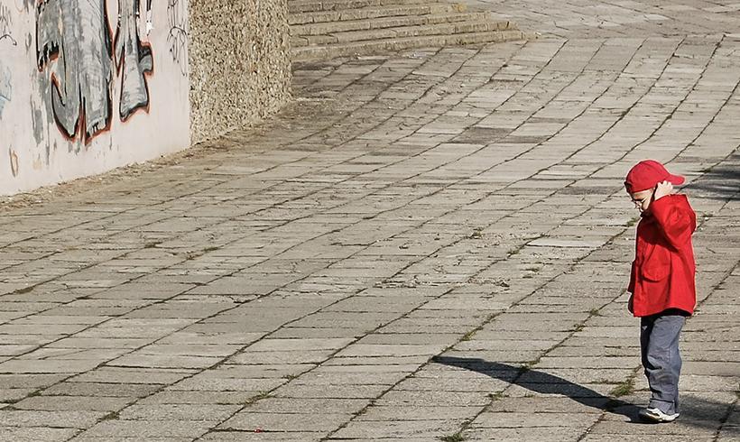 Große Mehrheit meint: Es wird zu wenig gegen Kinderarmut getan