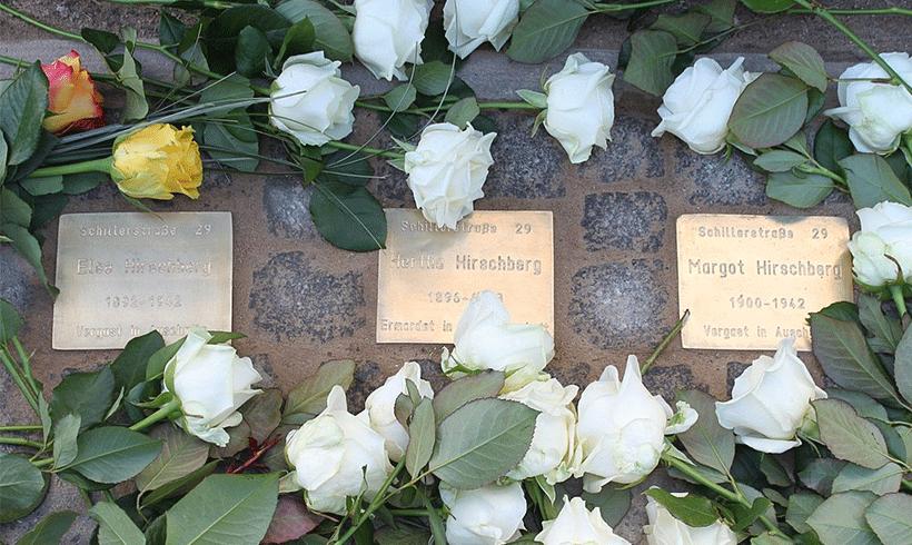 """16 """"Stolpersteine"""" in Berlin gestohlen"""