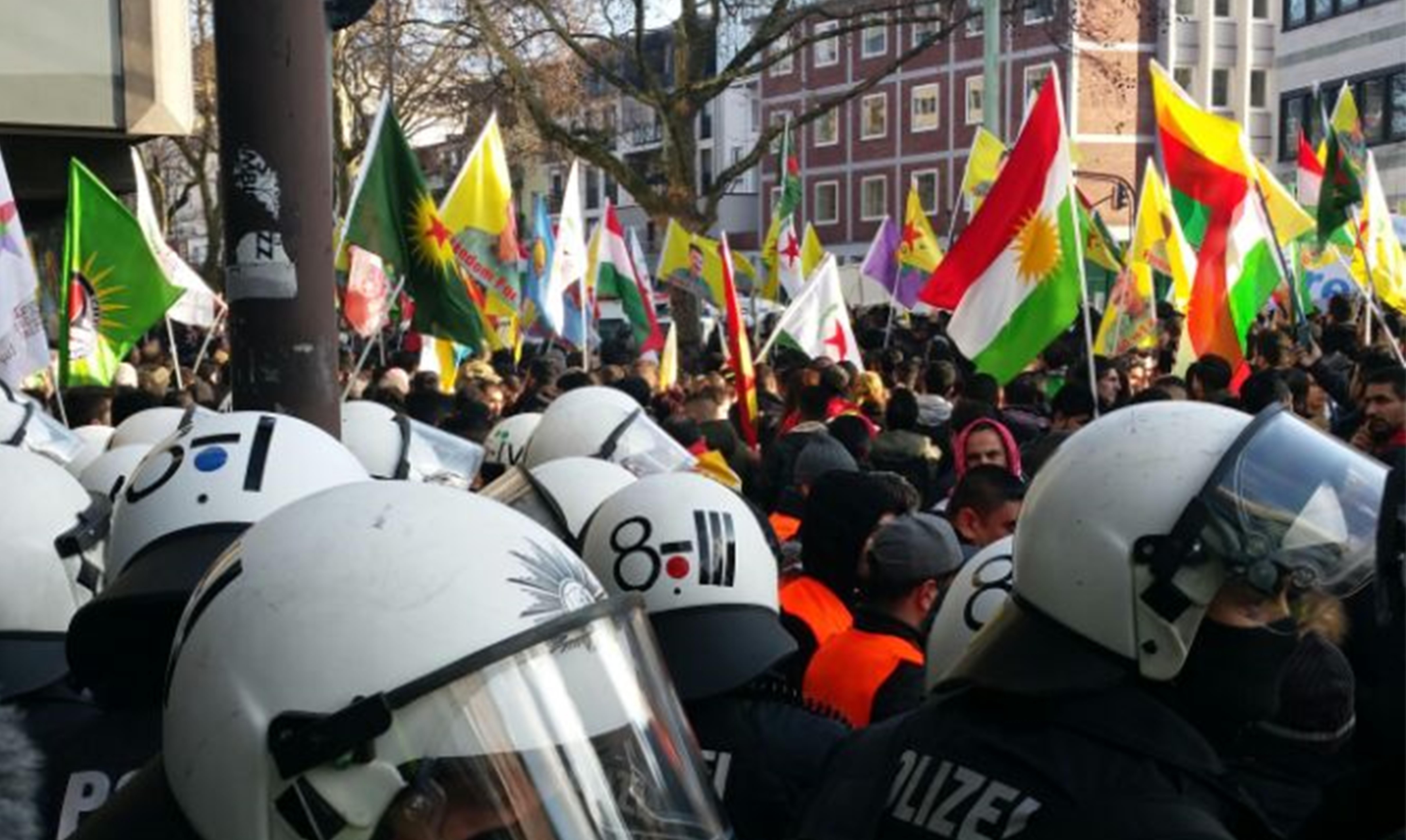 Kurz vor Yildirim-Besuch: Kölner Polizei verbietet kurdische Anti-Kriegs-Demonstrationen