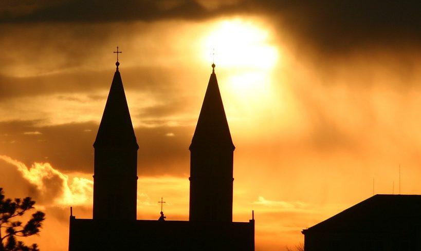 Neue Finanzskandale in katholischen Kirchen