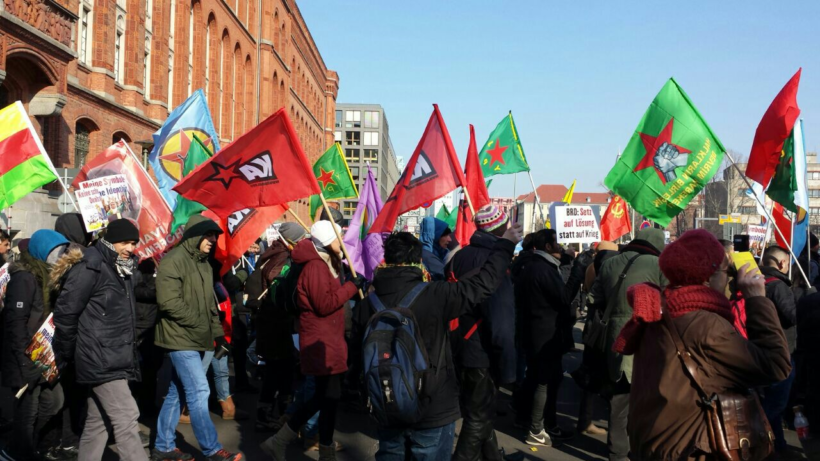 Frieden für Afrin – Zehntausende demonstrieren in Berlin