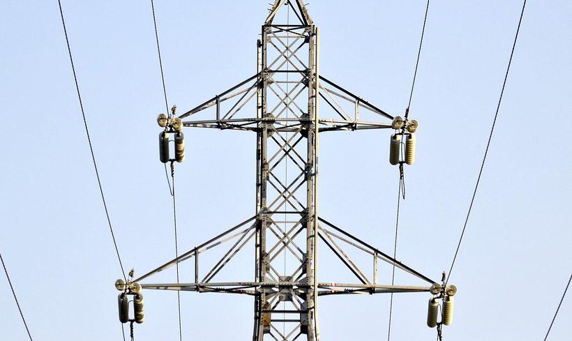 Monpolmacht: Energiekonzerne teilen sich Markt neu auf