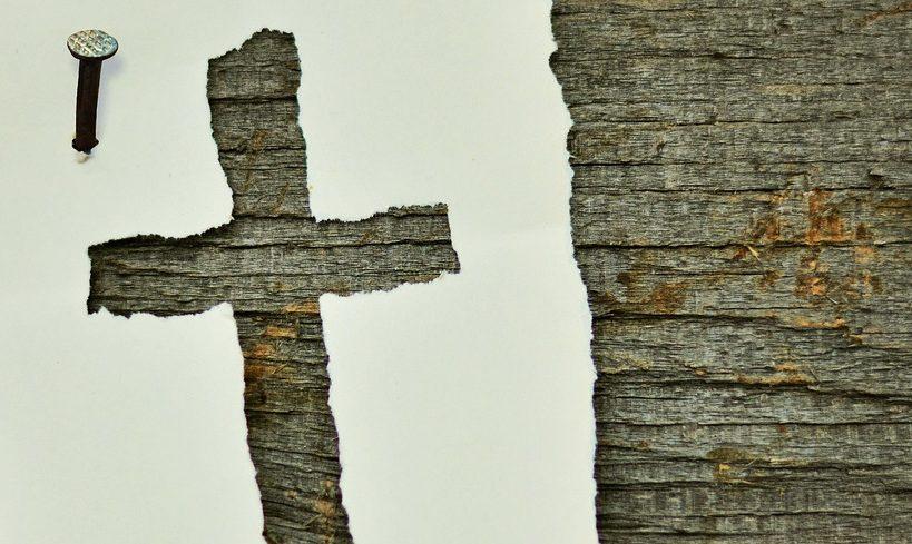 Mehrheit gegen Kreuz-Zwang in Behörden