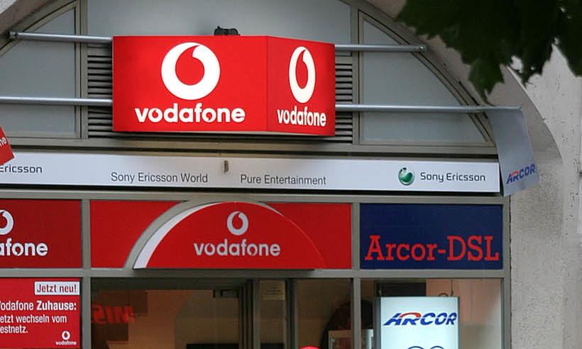 Vodafone fordert Telekom-Monopol heraus