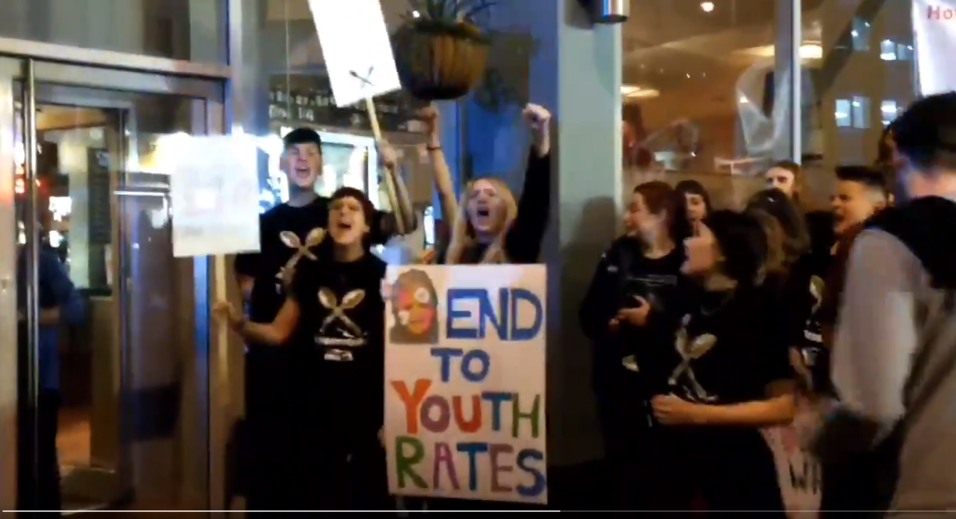 Streik von jungen Fast Food-ArbeiterInnen in Großbritannien